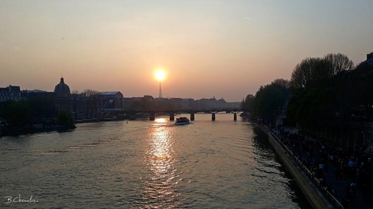 blog-bc-2019-15-coucher de soleil sur la tour Eiffel
