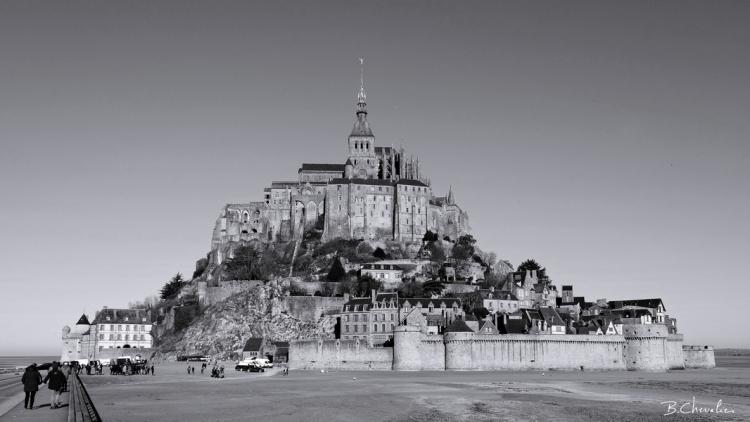blog-bc-2020-09-Le Mont St Michel en N&B
